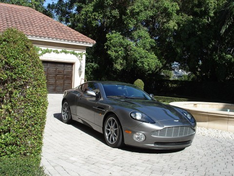 2004 Aston Martin Vanquish for sale