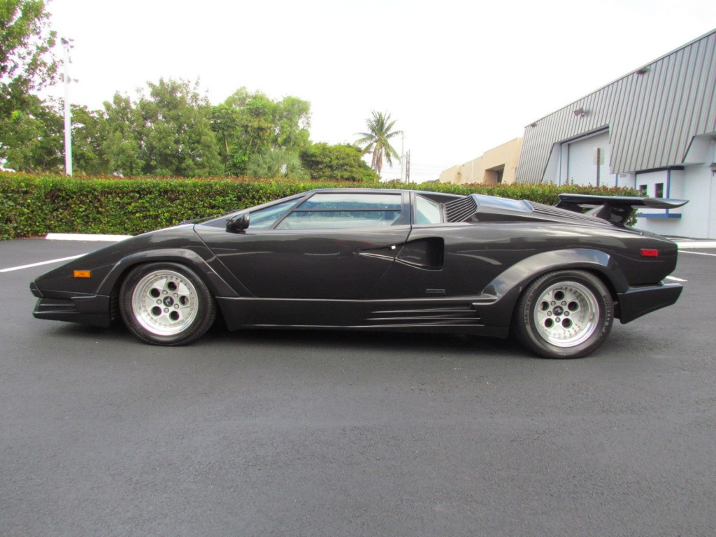 1990 Lamborghini Countach 25 Anniversay Edition For Sale