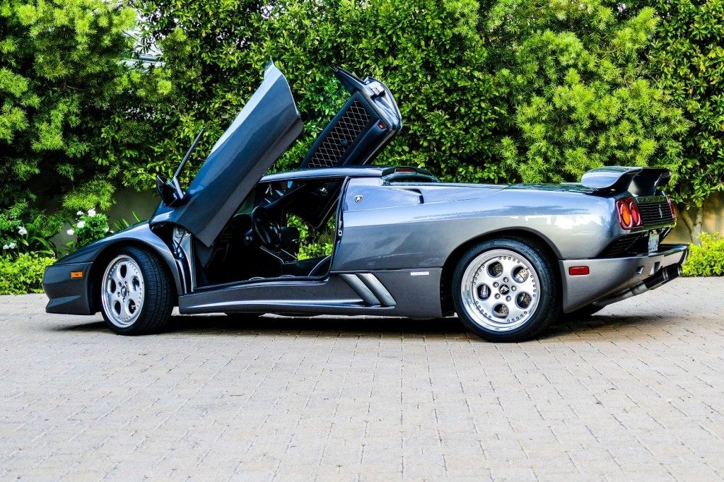 1998 Lamborghini Diablo Vt Roadster For Sale